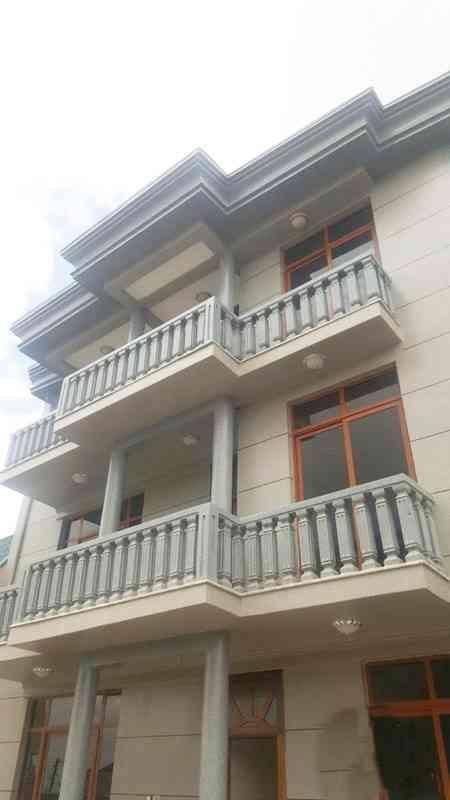 Stunning G+2 Residential Villa At Summit