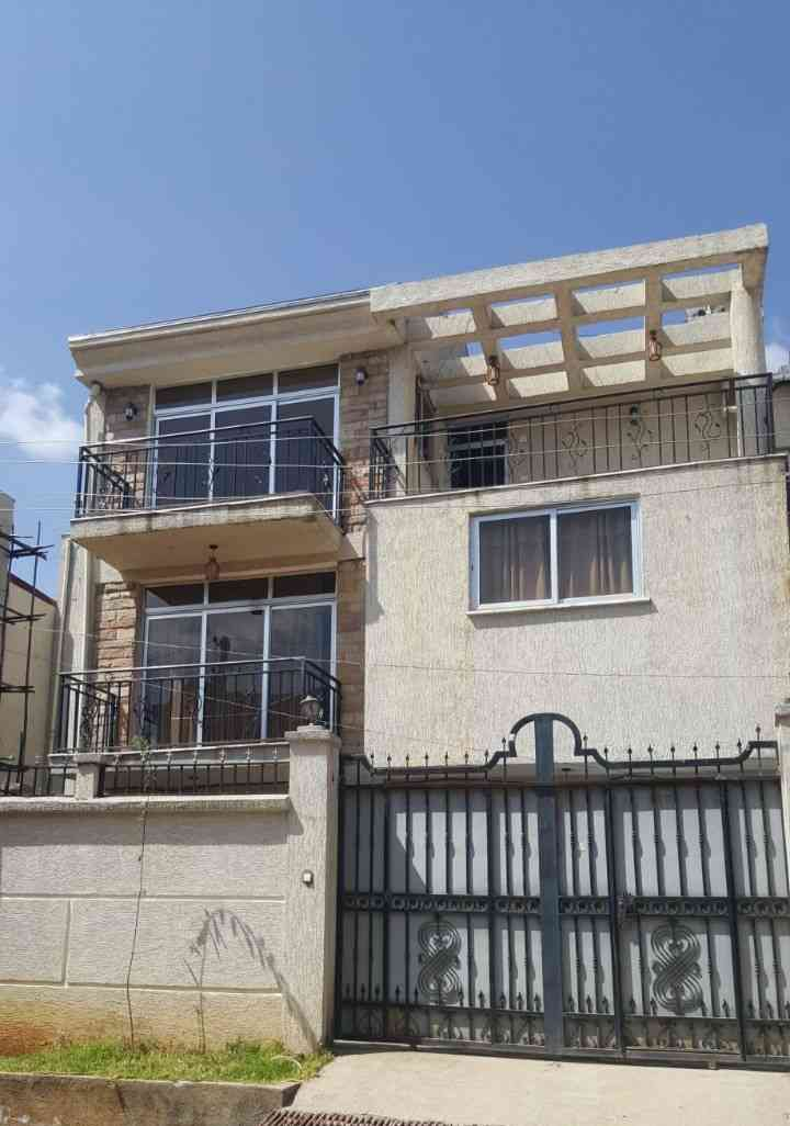 7 Bedroom G+2 For Sale In Addis Ababa, Ayat