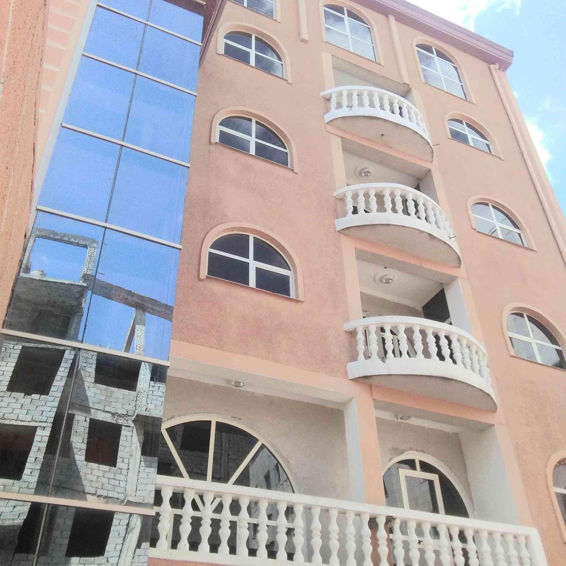 15 Bedroom Building For Rent In Addis Ababa, Gurd Shola