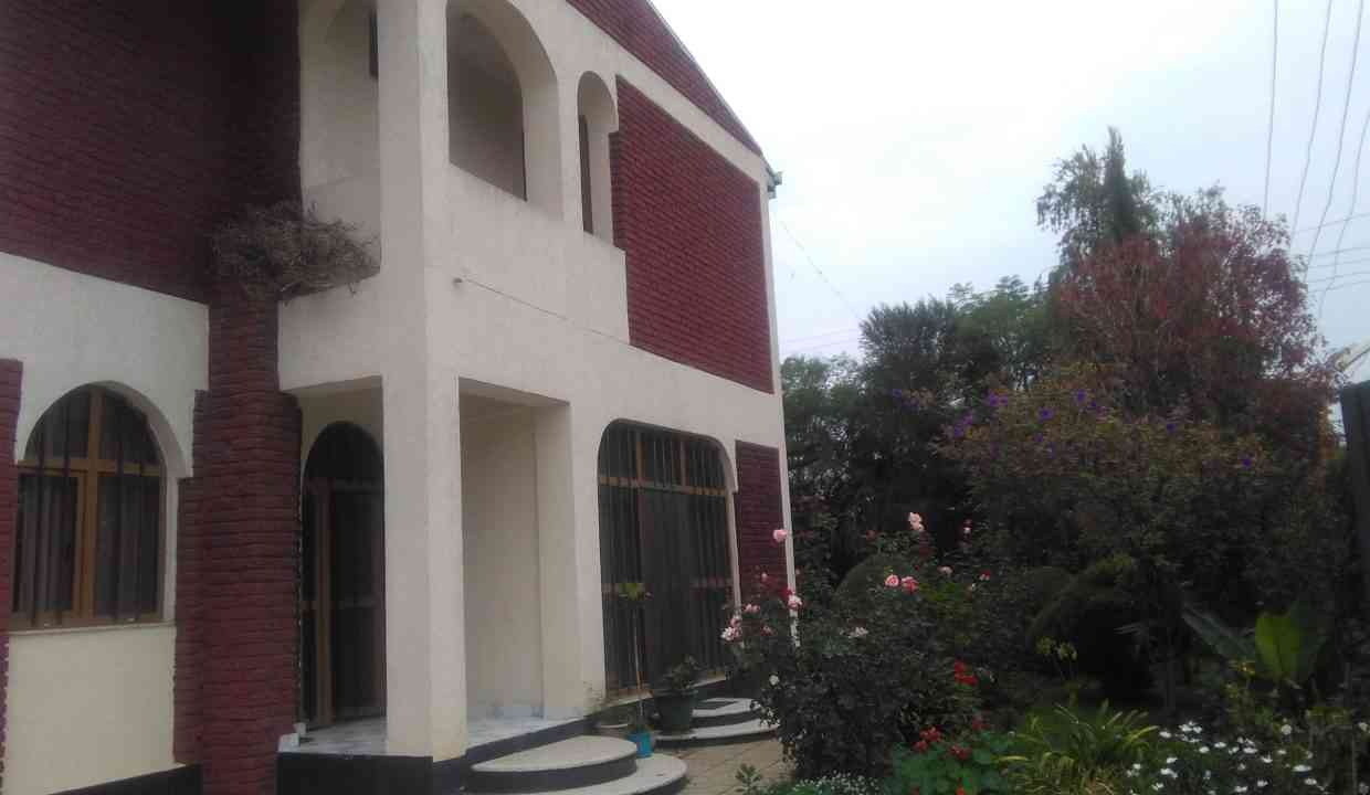 Ayat zone2 rd18 for rent 1500USD yeshi 0911697579