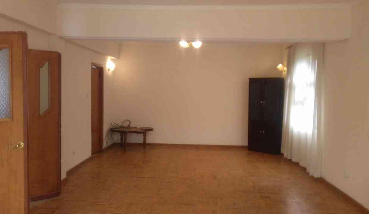 Ayat zone2 rd18 for rent 1500USD yeshi 0911697579    20170722_123449