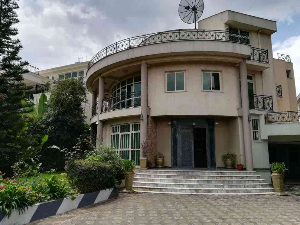 7 Bedroom House For Rent Either For Office Or Residence At Old Airport
