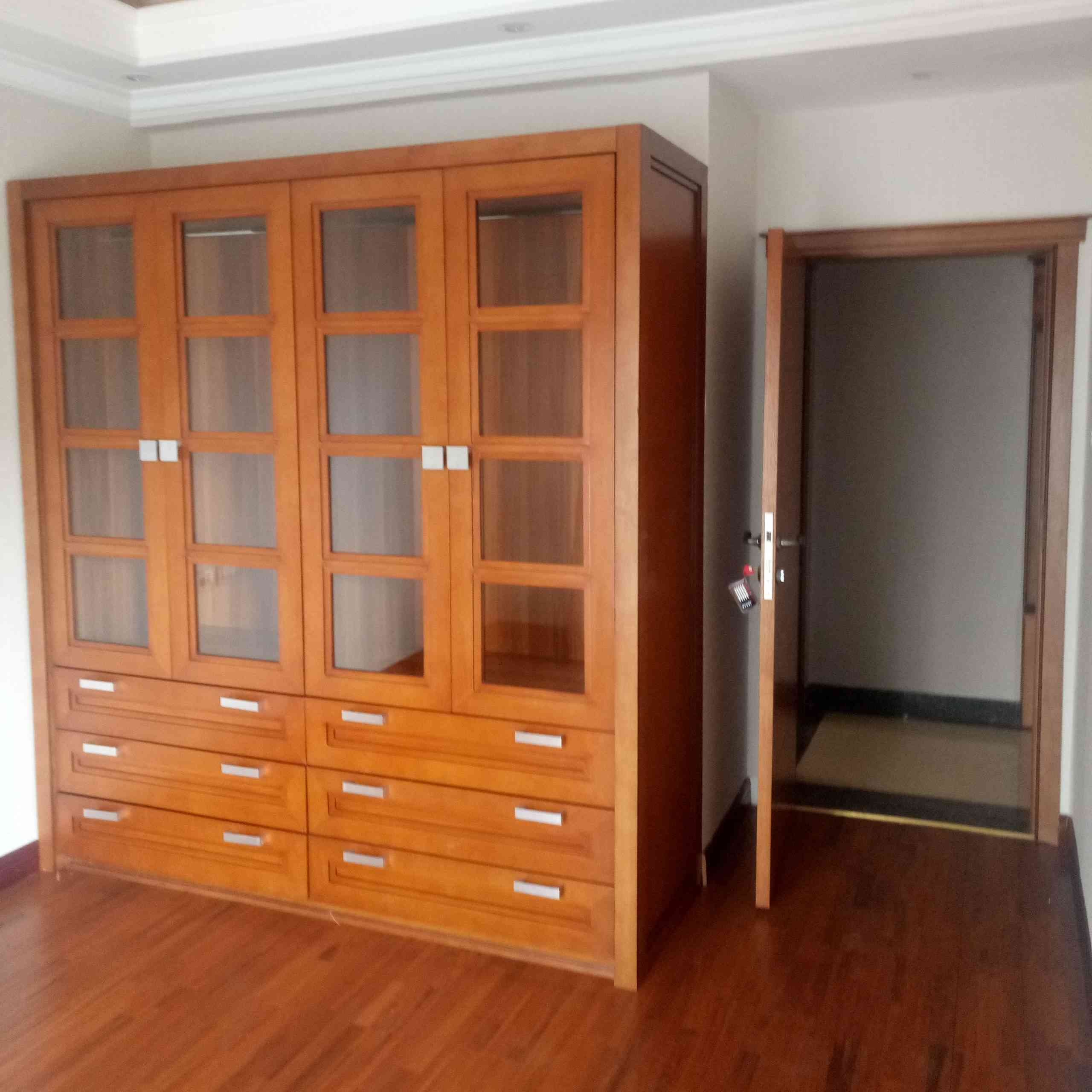 4 Bedroom Lux Apartment For Rent At CMC