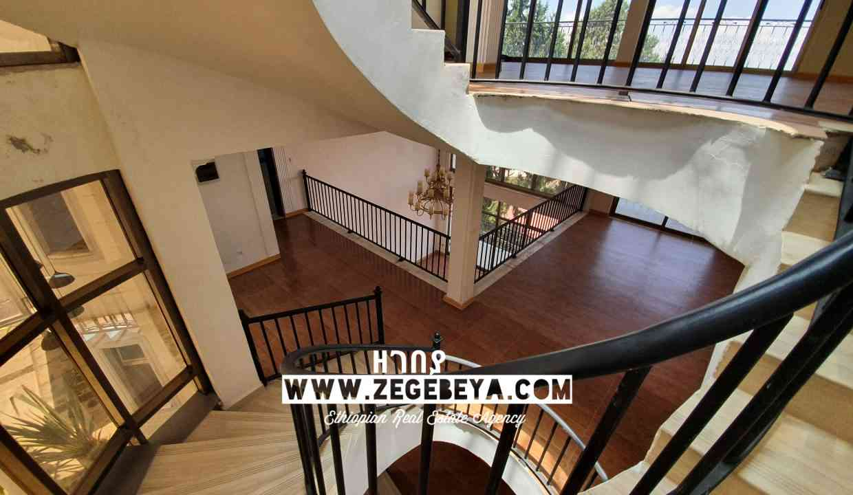 2_Top View for sale 650sqm 7bedr 55m 20200501_122428_watermark_Tue_26052020_031039