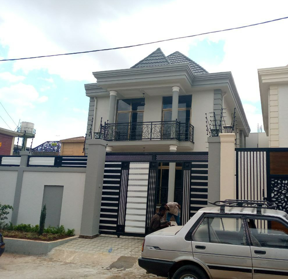 House In Addis Ababa, Ayat
