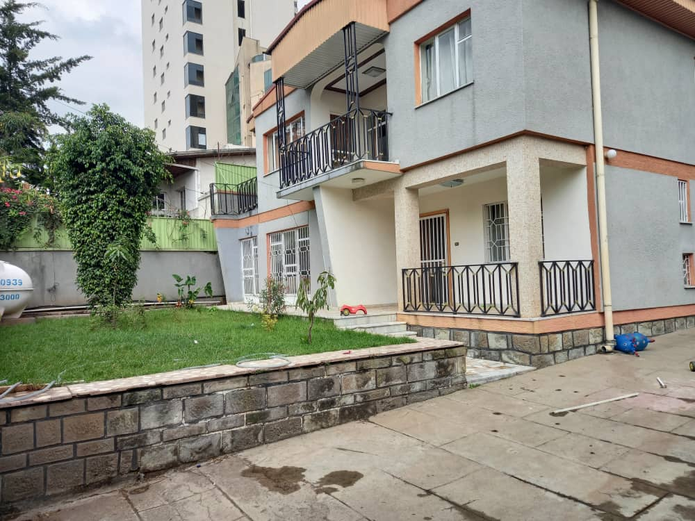 Affordable G+2 House For Rent At Old Airport