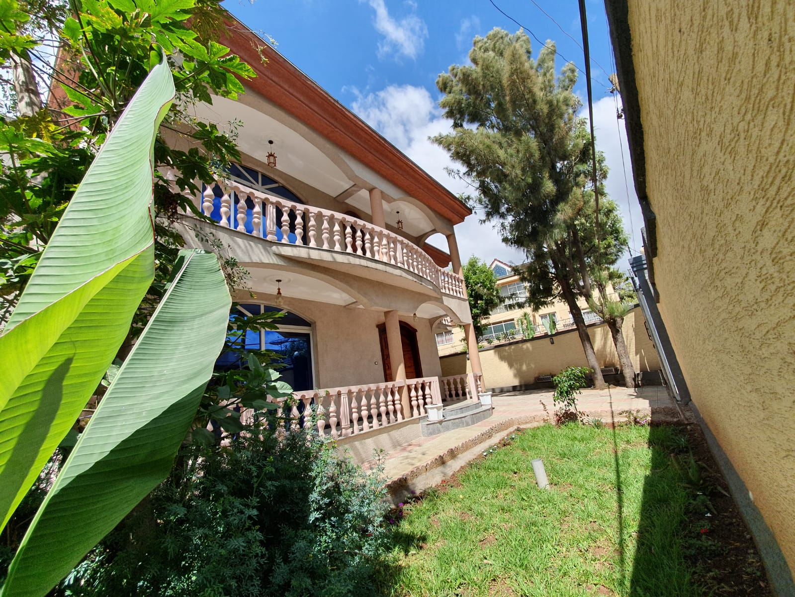 Gorgeous 4 Bedroom House For Rent At Old Airport
